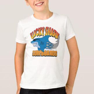 Lyckliga hajsurfingbrädor tröjor