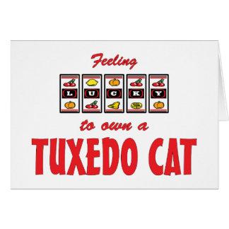Lyckligt att äga design för katt för smokingkatt hälsningskort