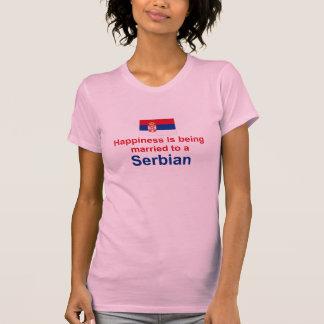 Lyckligt att gifta sig till serbiska gåvor t shirts