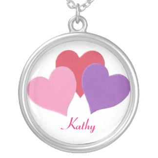 Lyckligt valentin halsband för hjärtor för dag 3
