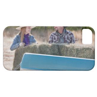 Lyftande baler av hö iPhone 5 Case-Mate skal