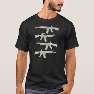 M16 %pipe % AR15 = delade melnar - solbrända Tshirts