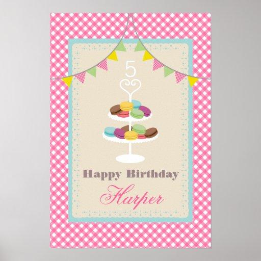 Macarons födelsedagaffisch - rosa Gingham Affischer