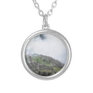 Machu Picchu i molnen Silverpläterat Halsband
