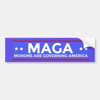 MAGA-idioter reglerar Amerika politiska Conser Bildekal