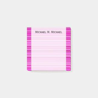 Magenta och rosarand-/linjermönster + Namn noterar Post-it Lappar