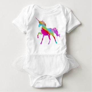 Magical sparkly regnbåge som kråma sig unicorn t-shirt