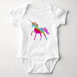 Magical sparkly regnbåge som kråma sig unicorn tee shirt