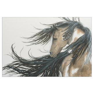 Majestätisk hästPinto vid Bihrle Tyg