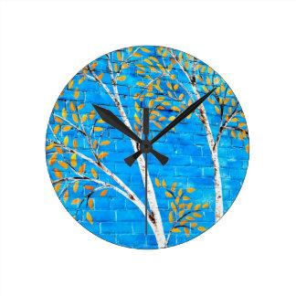 målade träd rund klocka
