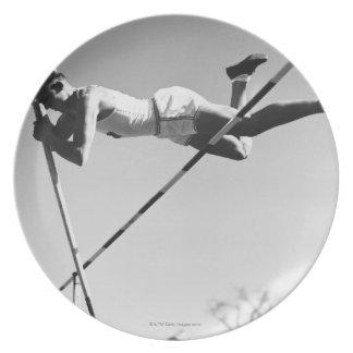 Male Pole Vaulter Tallrik