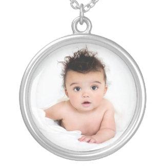 Mall för personligbabyfoto silverpläterat halsband