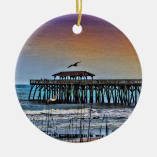 Målning av pir på Myrtle Beach - prydnad Julgransprydnad Keramik