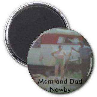 Mamma och pappa Newby på deras Trailor Magnet