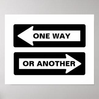 Man långt eller en annan gata undertecknar poster