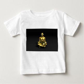 Man med hörlurar som lyssnar till att meditera för tee shirts