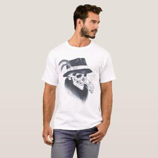Manar utslagsplats för skalle för vit gammal t shirts