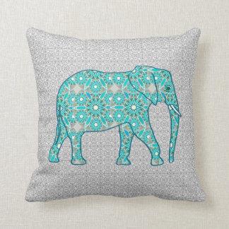 Mandalablommaelefant - turkos, grå färg & vit kudde