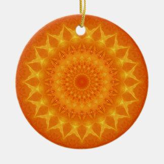 Mandalakälla av liv som är designad vid Tutti Julgransprydnad Keramik