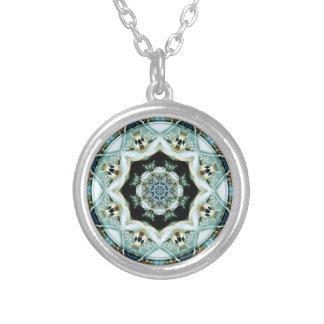 Mandalas från hjärtan av frihet 21 gåvor silverpläterat halsband
