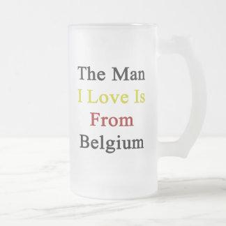 Manen som jag älskar, är från Belgien Frostat Ölglas