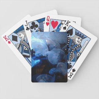 Manet som leker kort spelkort