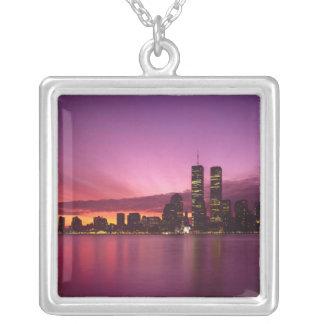 Manhattan horisont och Hudson River, New York, Silverpläterat Halsband