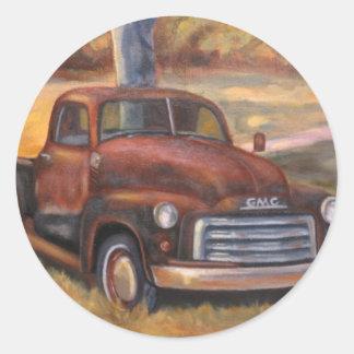 Månsken close_up_of_truck.346212024 runt klistermärke