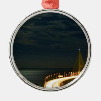 Månsken över Taguset River Lisbon Portugal Julgransprydnad Metall