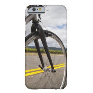 Manväg som cyklar på snabb POV Barely There iPhone 6 Fodral