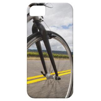 Manväg som cyklar på snabb POV iPhone 5 Case-Mate Skal