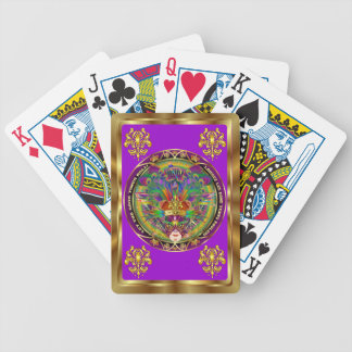 Mardi Gras som kungen beskådar, noterar behar Spelkort