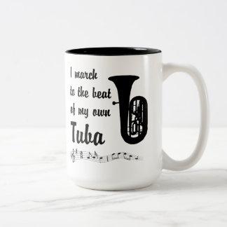 Mars till takten: Tuba Två-Tonad Mugg