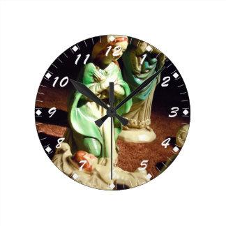 Mary och baby Jesus Rund Klocka