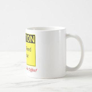 MATA INTE BJÖRNEN! --för honom Kaffemugg