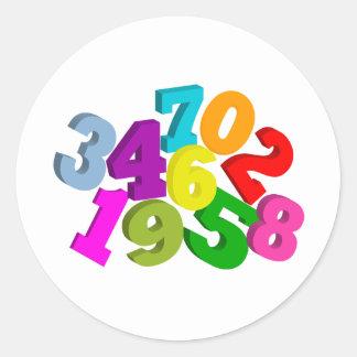math numrerar i färg runt klistermärke