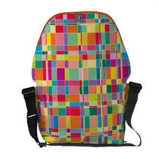 Matrisen kvadrerar mosaiska färger, mönster messenger bag