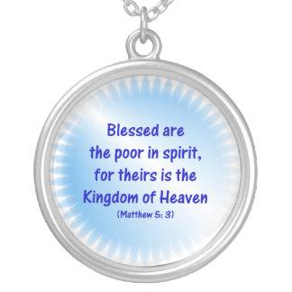 Matthew-5-3 - Välsignat är det fattigt i ande…. Halsband Med Rund Hängsmycke