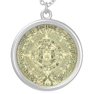 Mayan kalender silverpläterat halsband