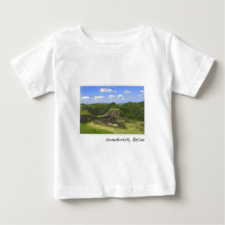 Mayan Xunantunich fördärvar i Belize T-shirts