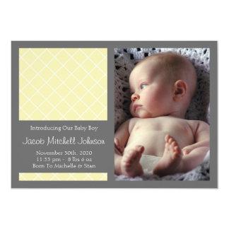 Meddelanden för diamantbakgrundsnyfödd bebis kort för inbjudningar