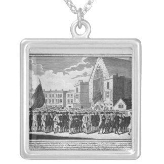 Medlemmar av protestantanslutningen silverpläterat halsband