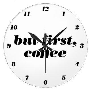 men först, tar tid på kaffeväggen stor klocka