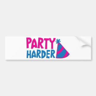 MER HÅRD PARTY! med partyhatten Bildekal