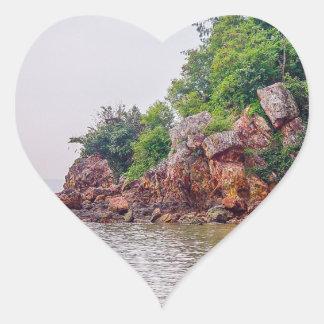 mer röd stenar av fiji hjärtformat klistermärke