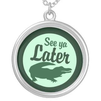 Mer sistnämnd alligator silverpläterat halsband