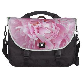 Messenger bag med den rosa pionen väska för datorer