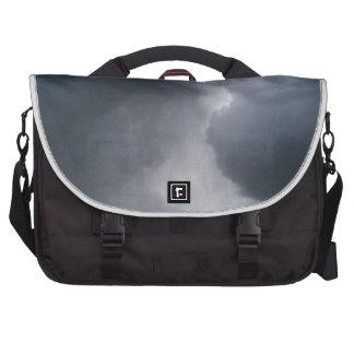 Messenger bag med stormmoln laptop messenger bag