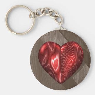 Metallisk röd hjärta på trä rund nyckelring