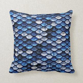 Metalliskt mönster för fjäll för koboltblåttfisk kudde